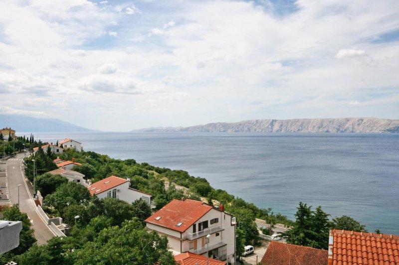 Novi Vinodolski Apartment Sleeps 4 with Air Con - 5464470, casa vacanza a Povile
