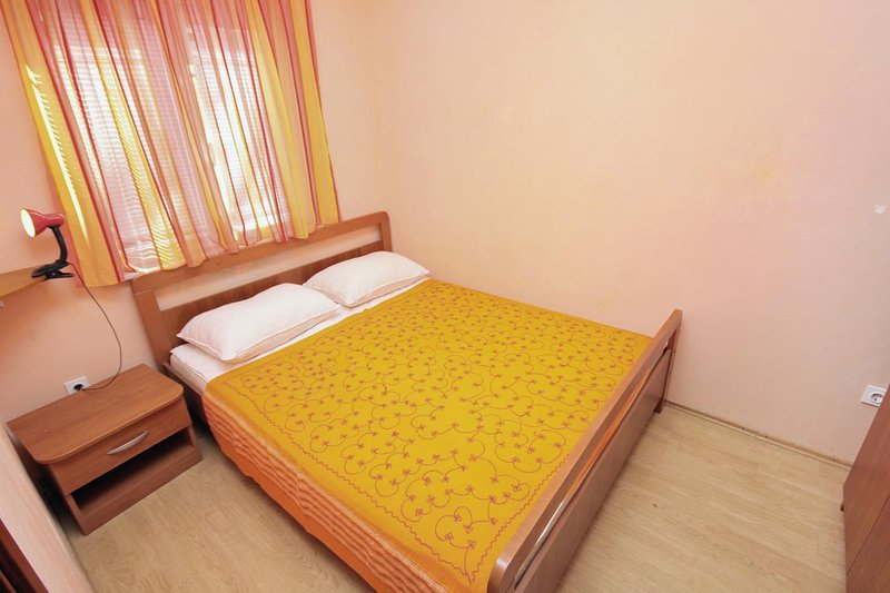Schlafzimmer, Oberfläche: 8 m²