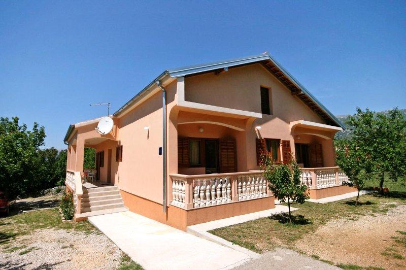 One bedroom apartment Rovanjska, Paklenica (A-6209-a), vacation rental in Rovanjska