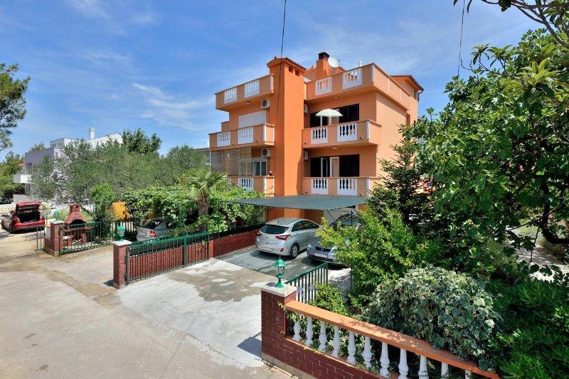 One bedroom apartment Zadar - Diklo, Zadar (A-6268-a), vacation rental in Diklo