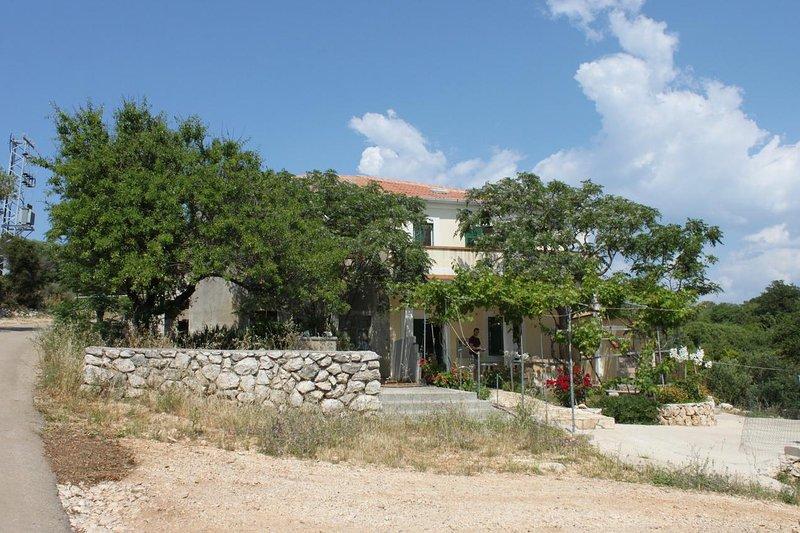 One bedroom apartment Cove Dražica, Pag (A-6366-b), location de vacances à Potocnica