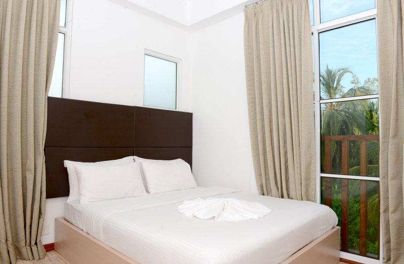 Express Inn (Standard 5), casa vacanza a Maafushi Town