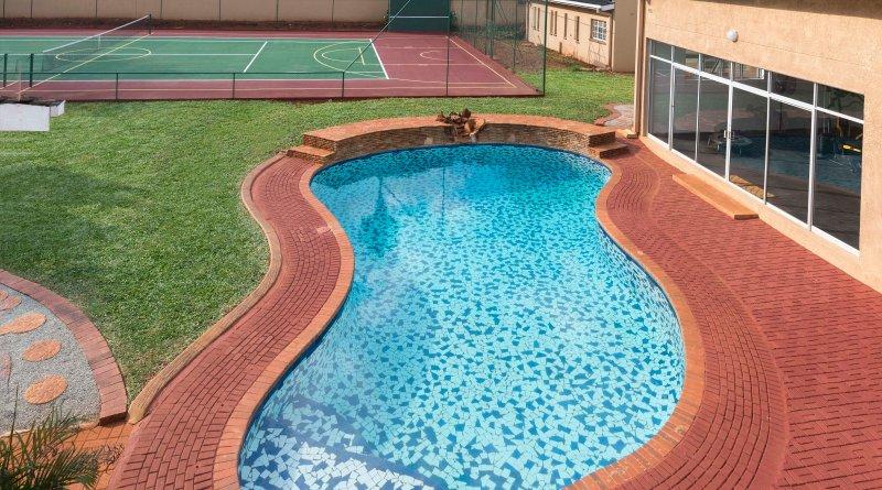 Vue sur la piscine de Lion / balcon Elephant