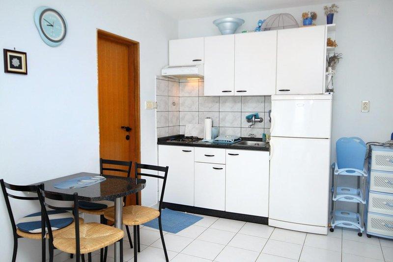 Cucina, Superficie: 3 m²