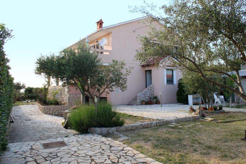 Two bedroom apartment Povljana, Pag (A-6298-a), vacation rental in Povljana