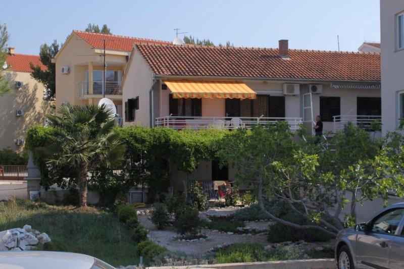 Two bedroom apartment Žaborić, Šibenik (A-6097-b), holiday rental in Zaboric