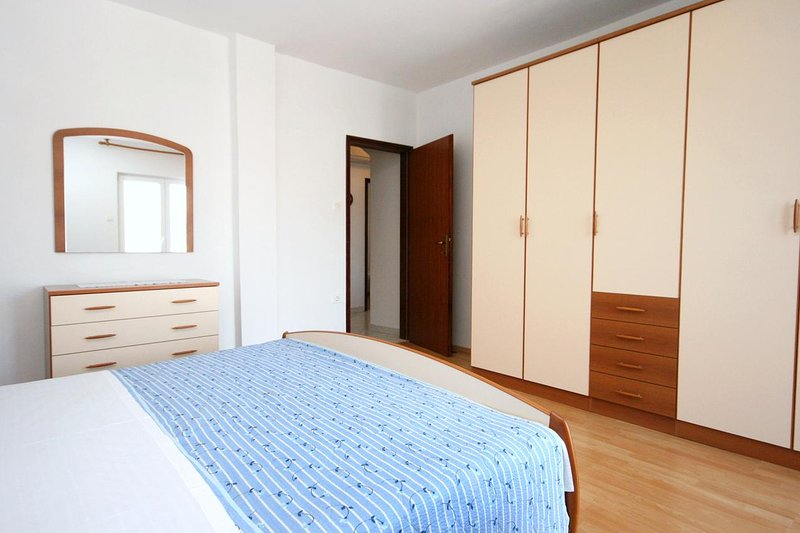Chambre 1, Surface: 18 m²