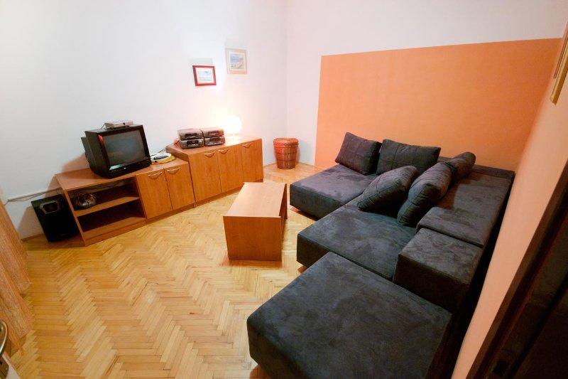 Salon, Surface: 15 m²