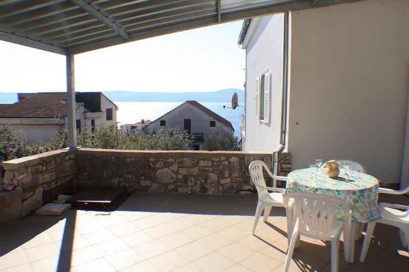 Krmcina Apartment Sleeps 4 with Air Con - 5461877, holiday rental in Sveti Petar na Moru