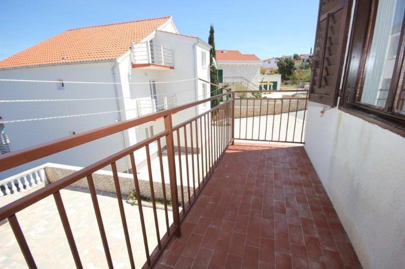 Balcony 2, Surface: 4 m²