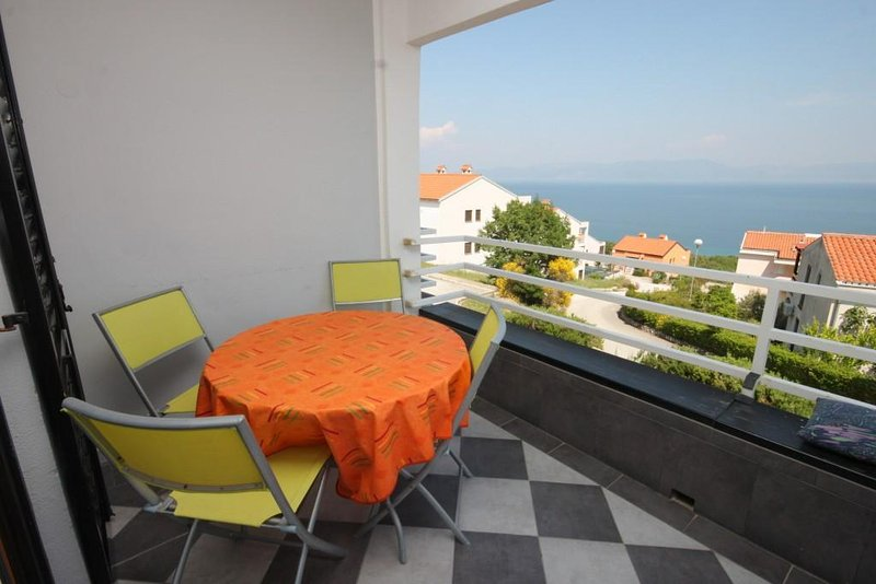 Ravni Apartment Sleeps 4 with Air Con - 5467472, location de vacances à Ravni