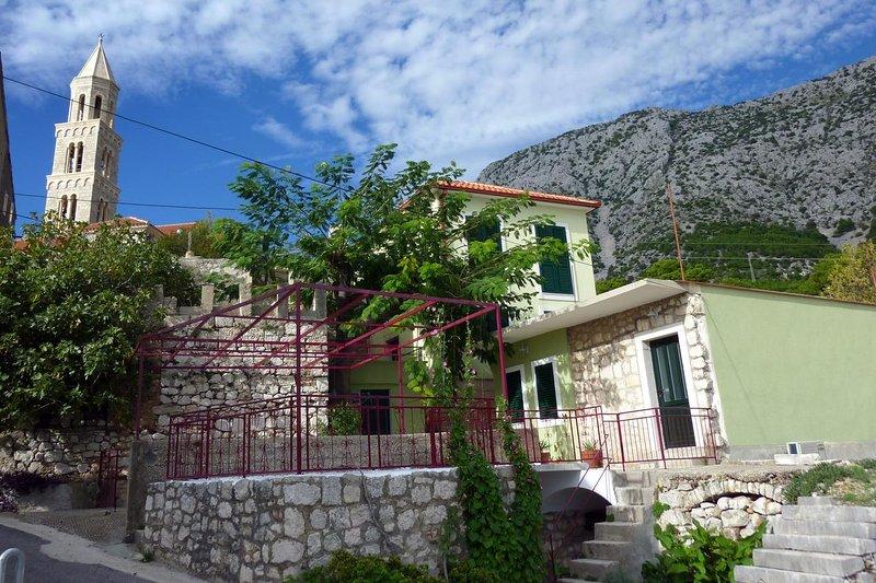 Two bedroom house Igrane, Makarska (K-8332), aluguéis de temporada em Igrane