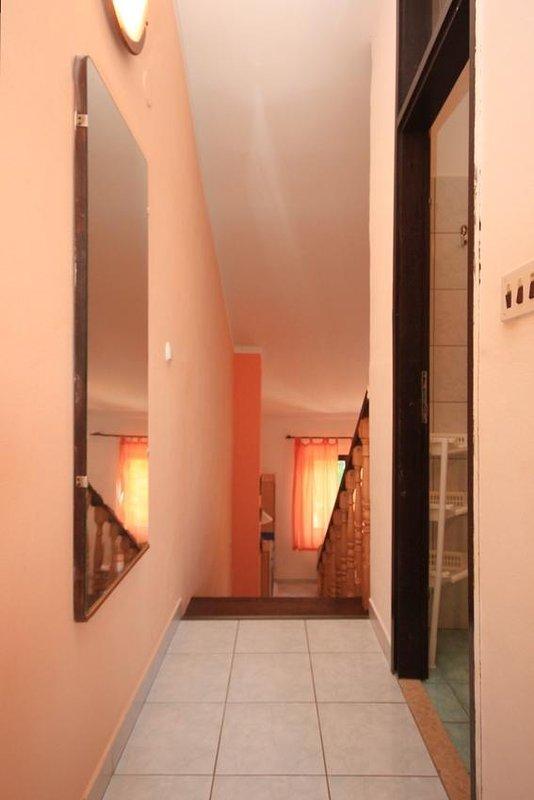 Hallway 2, Surface: 4 m²