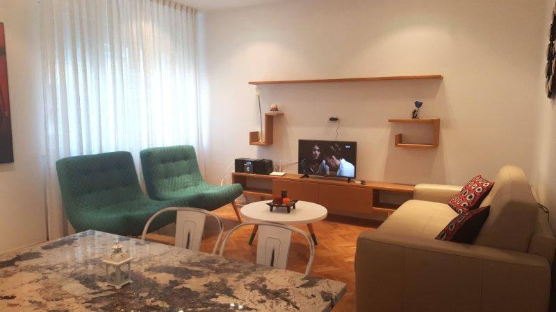 DESIGN Apt. -Terrace, Brand NEW Heart of Belgrade, holiday rental in Dorcol