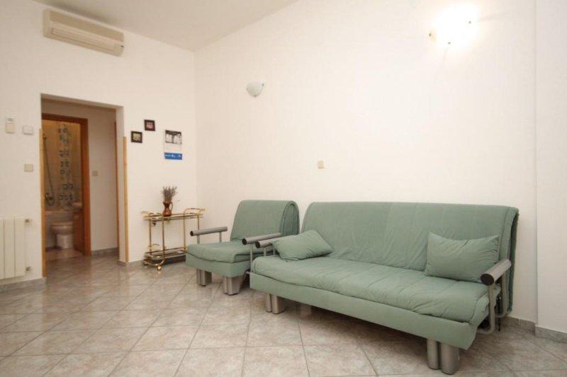 Woonkamer, Oppervlakte: 12 m²