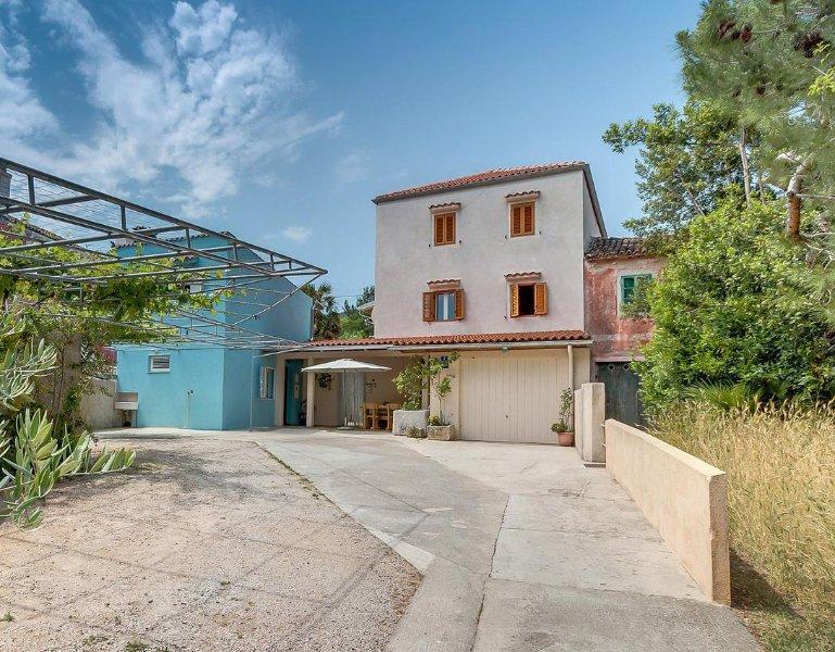 Room Nerezine, Lošinj (S-8049-a), vacation rental in Nerezine