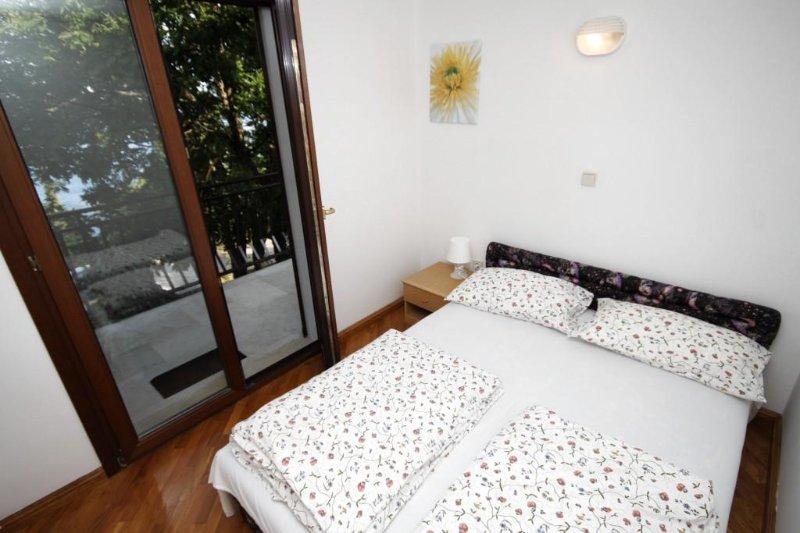 Schlafzimmer 1, Oberfläche: 7 m²