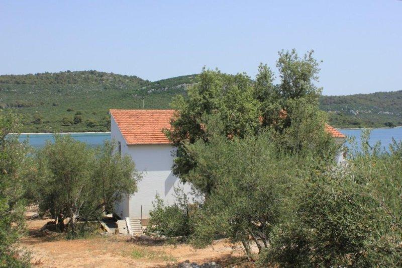 Two bedroom apartment Cove Mala Lamjana, Ugljan (A-347-b), location de vacances à Kali