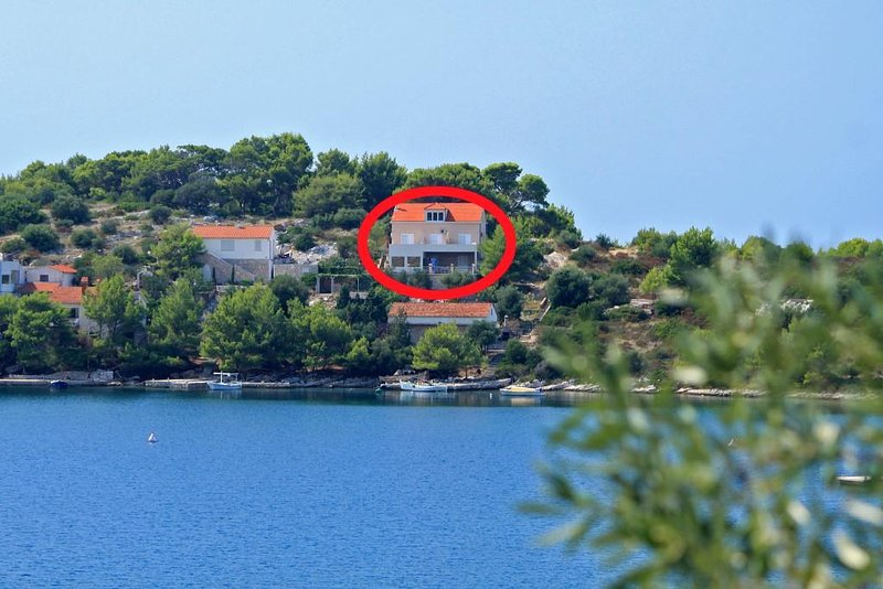One bedroom apartment Skrivena Luka, Lastovo (A-8280-a), holiday rental in Zaklopatica