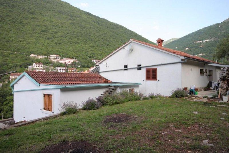 Two bedroom apartment Mošćenička Draga, Opatija (A-7786-a), alquiler de vacaciones en Moscenicka Draga