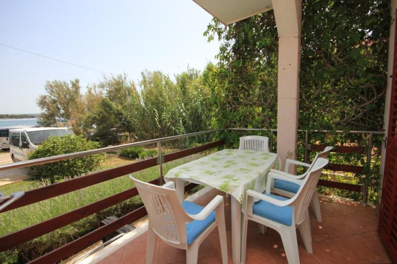 Ugrinici Apartment Sleeps 4 - 5468106, holiday rental in Kraj