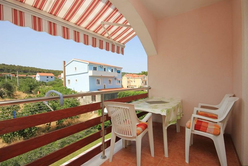 Ugrinici Apartment Sleeps 4 with Air Con - 5468110, holiday rental in Kraj