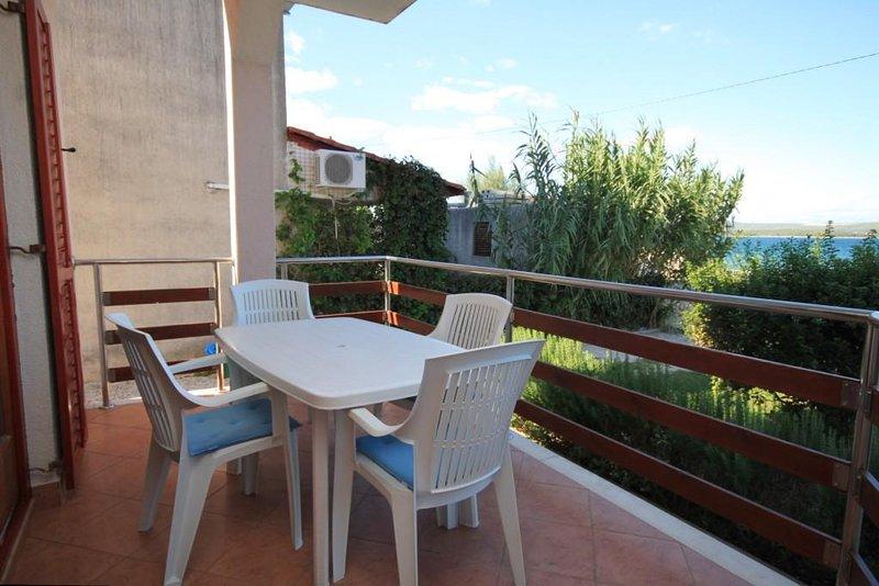 Ugrinici Apartment Sleeps 4 - 5468109, holiday rental in Kraj