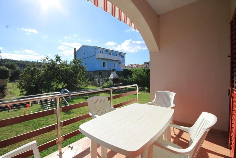 Ugrinici Apartment Sleeps 4 with Air Con - 5468111, holiday rental in Kraj