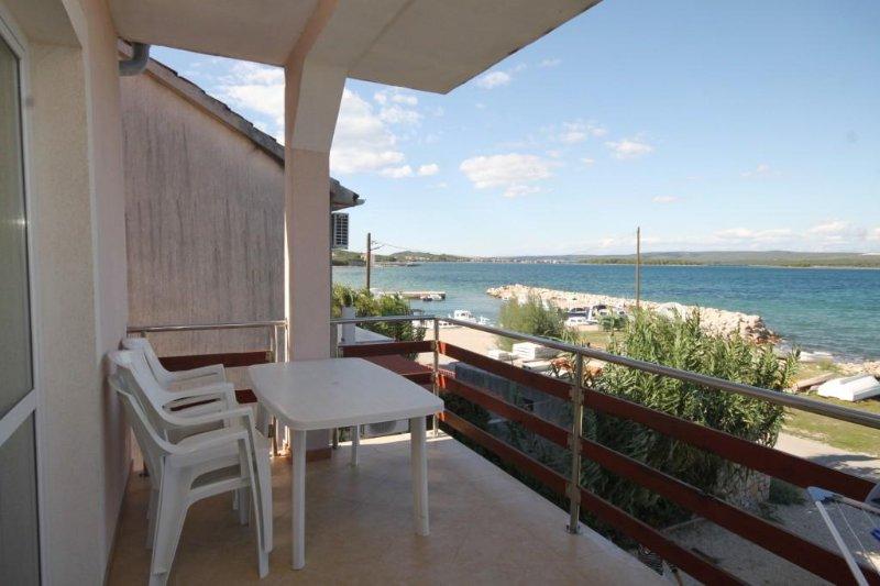 Ugrinici Apartment Sleeps 4 - 5468113, holiday rental in Kraj