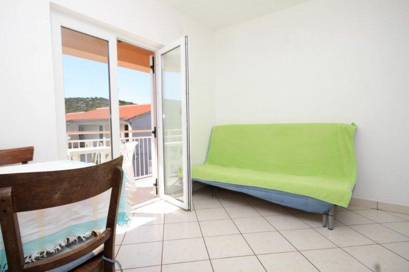 Wohnzimmer, Oberfläche: 4 m²