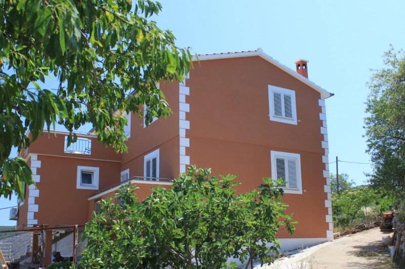 One bedroom apartment Žman, Dugi otok (A-8133-b), location de vacances à Luka