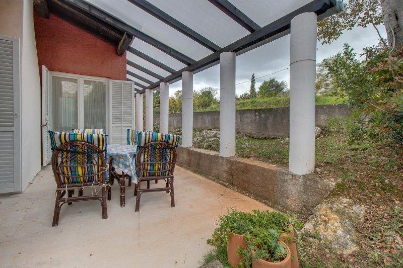 Nerezine Apartment Sleeps 7 with Air Con - 5460781, vacation rental in Nerezine