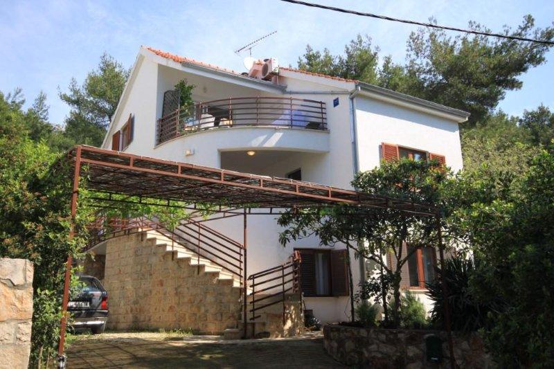 Studio flat Zavala, Hvar (AS-8710-a), vacation rental in Zavala