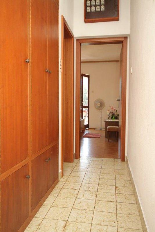 Hal, oppervlakte: 5 m²