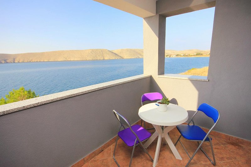 Sveti Mihajlo Apartment Sleeps 4 with Air Con - 5469521, casa vacanza a Vlasici