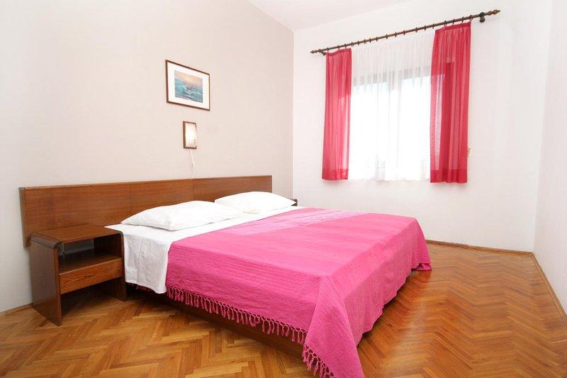 Chambre 1, Surface: 13 m²
