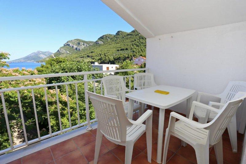 Zuljana Apartment Sleeps 4 with Air Con - 5463133, holiday rental in Zuljana