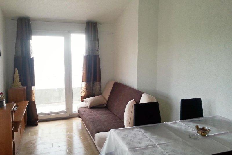 Wohnzimmer 1, Oberfläche: 7 m²