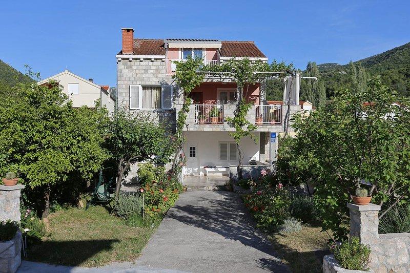 One bedroom apartment Žuljana, Pelješac (A-10112-b), holiday rental in Zuljana