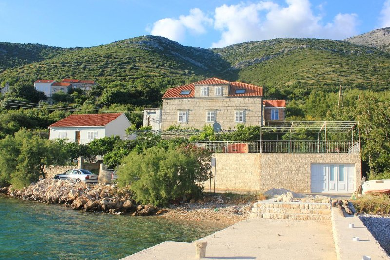 Three bedroom apartment Kučište, Pelješac (A-10095-a), casa vacanza a Kuciste