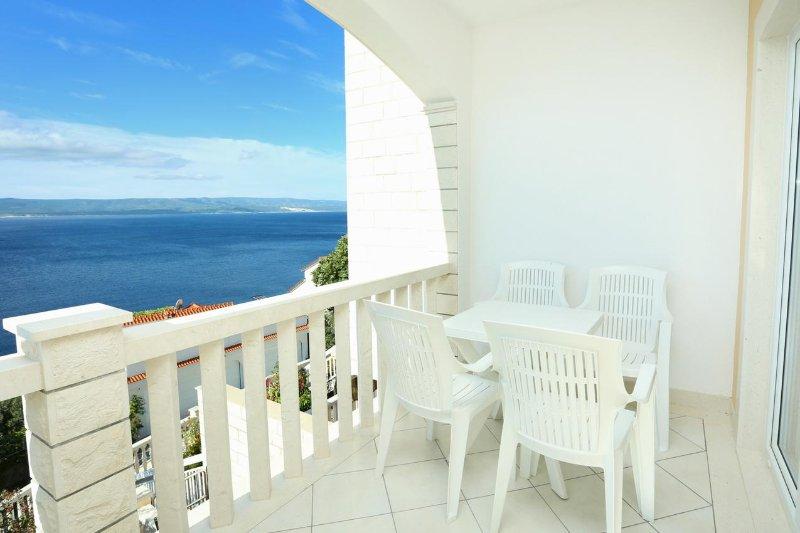 Fistanici Apartment Sleeps 4 with Air Con - 5470104, location de vacances à Slime