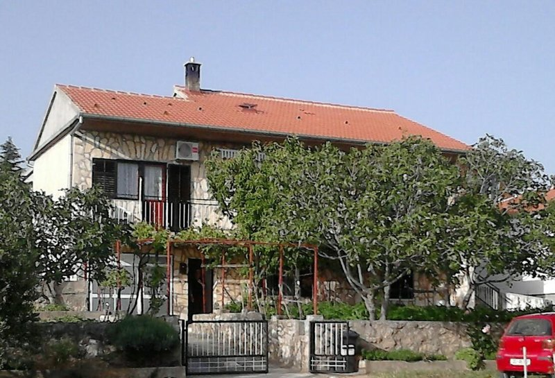 Two bedroom apartment Maslenica, Novigrad (A-11089-a), vacation rental in Maslenica