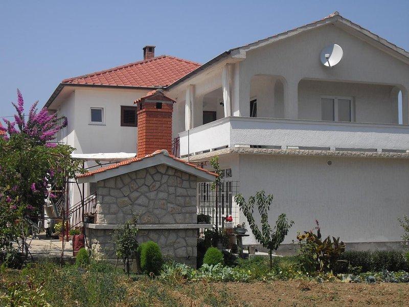 One bedroom apartment Supetarska Draga - Donja, Rab (A-11237-a), alquiler de vacaciones en Supetarska Draga