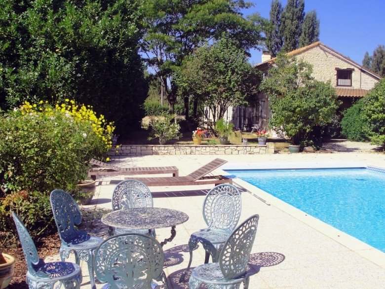 Described by one agent as everybody's fantasy French Home, inside and outside, holiday rental in Saint Sigismond de Clermont
