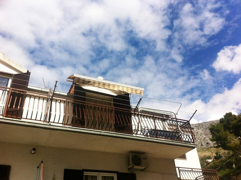 Two bedroom apartment Dugi Rat, Omiš (A-11443-a), holiday rental in Dugi Rat