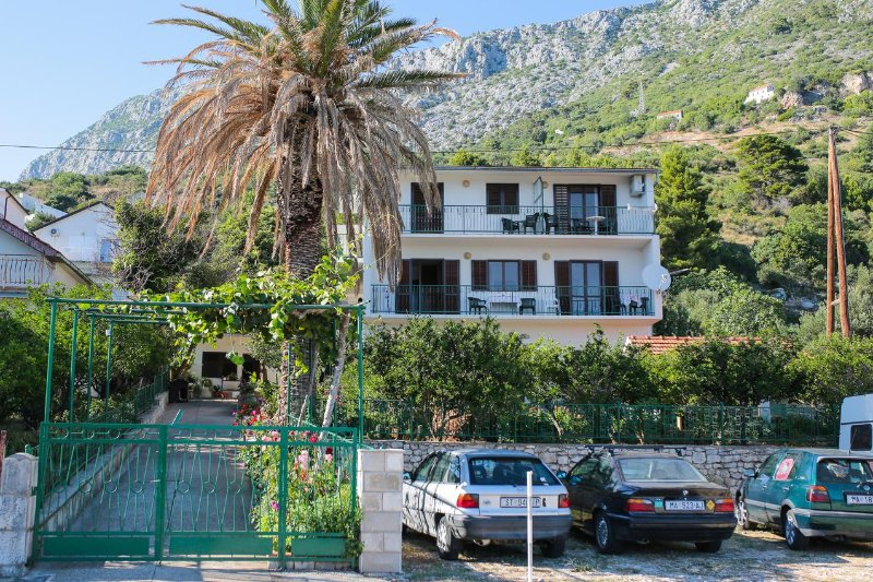 Two bedroom apartment Podaca, Makarska (A-11588-d), vakantiewoning in Brist