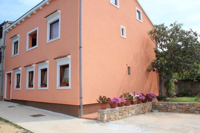 Two bedroom apartment Veli Lošinj, Lošinj (A-11495-a), vacation rental in Premuda