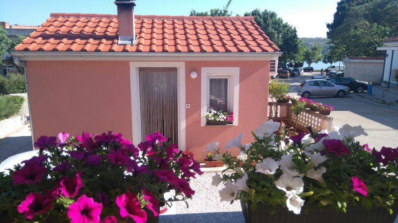 Studio flat Posedarje, Novigrad (AS-11689-a), location de vacances à Posedarje