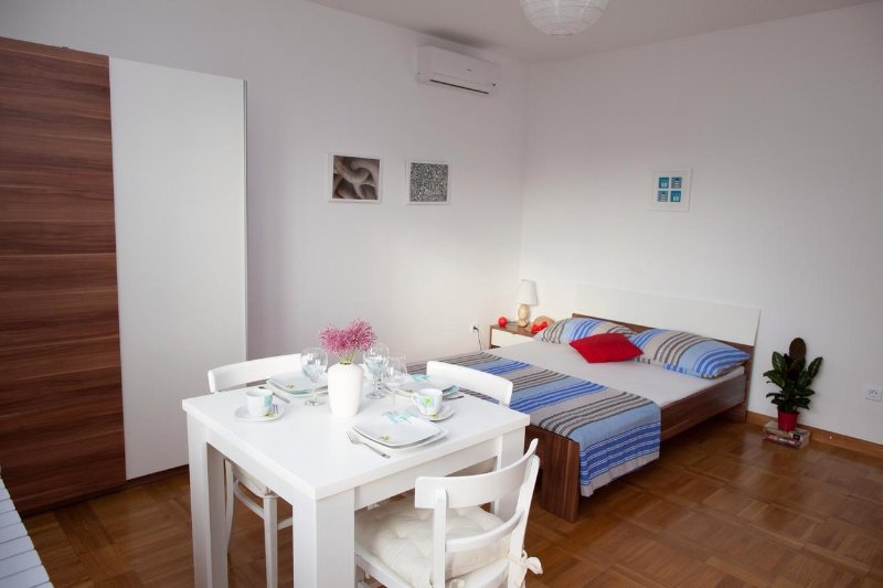 Dormitorio, Superficie: 12 m²