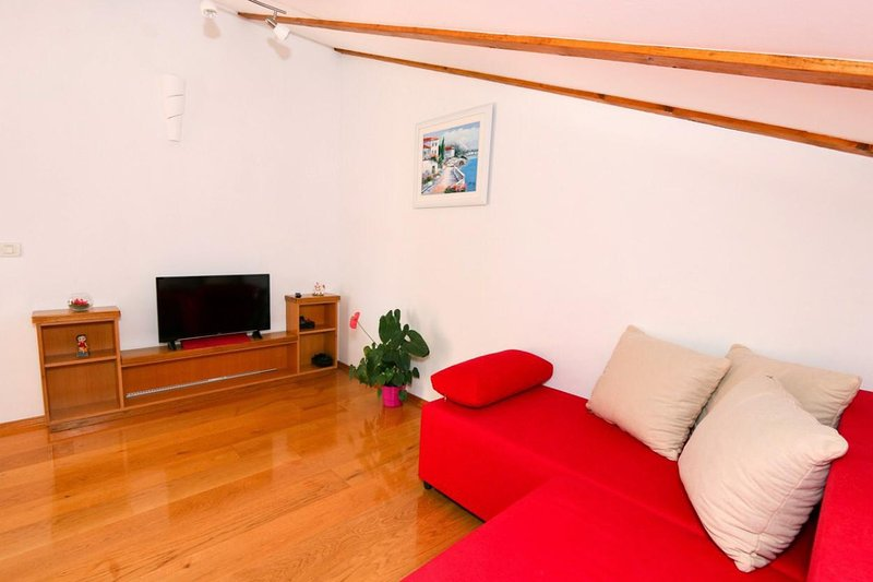 Living room, Surface: 6 m²